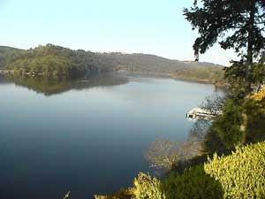 Lac de Guerlédan - Abbaye de Bon Repos